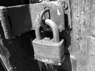 Lock Bond