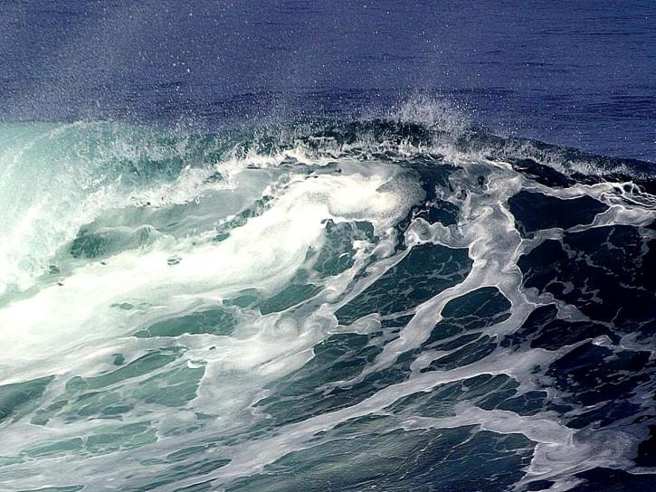 wave w725 h544