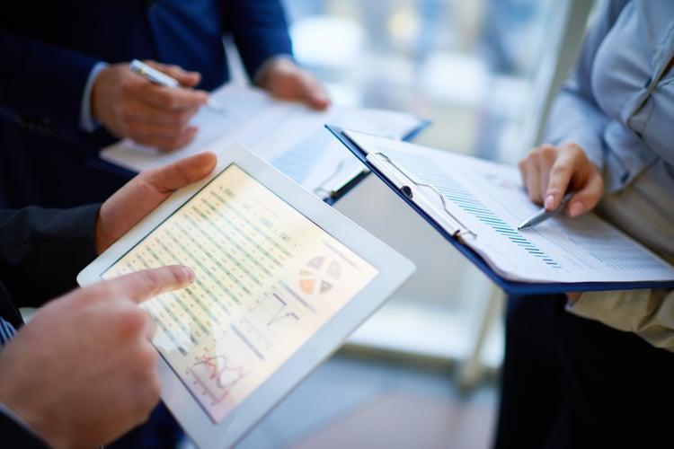 useing metrics to identify insights